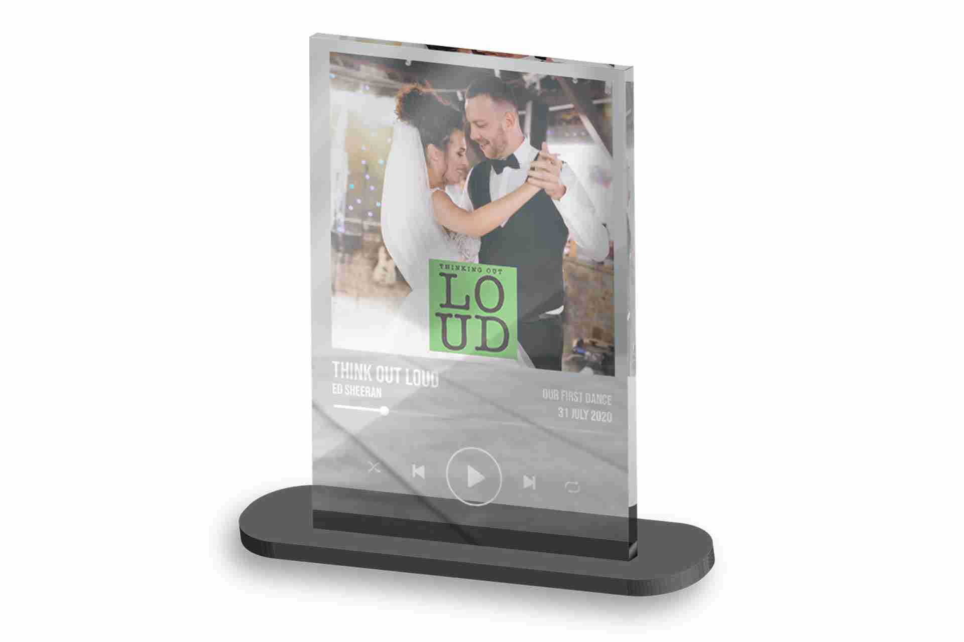 Acrylic-Print-in-Stand-ISO