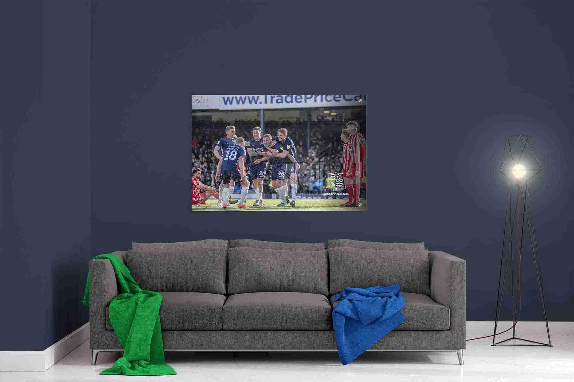 SUFC-Room-Scene-Sunderland-Game-1.jpg