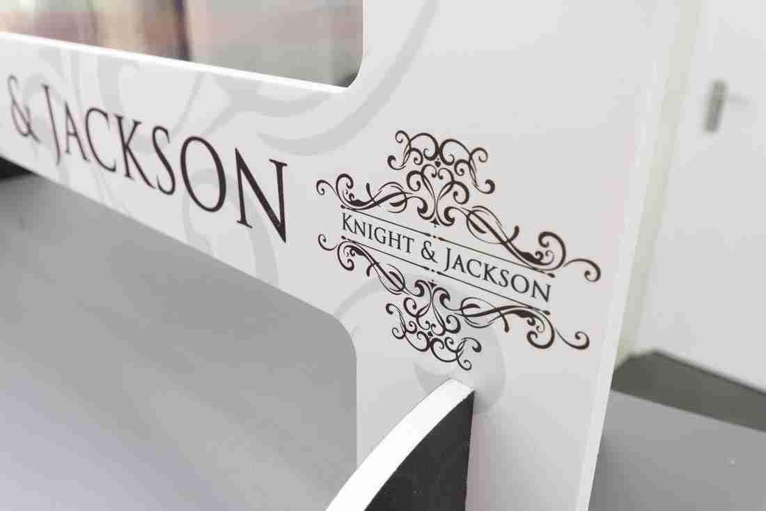 K&J-Salon-Screens-9776