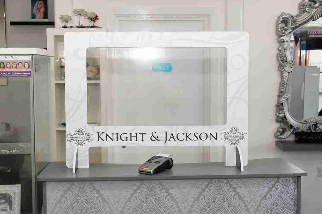 K&J-Salon-Screens-9800